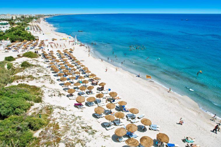 Тунис море